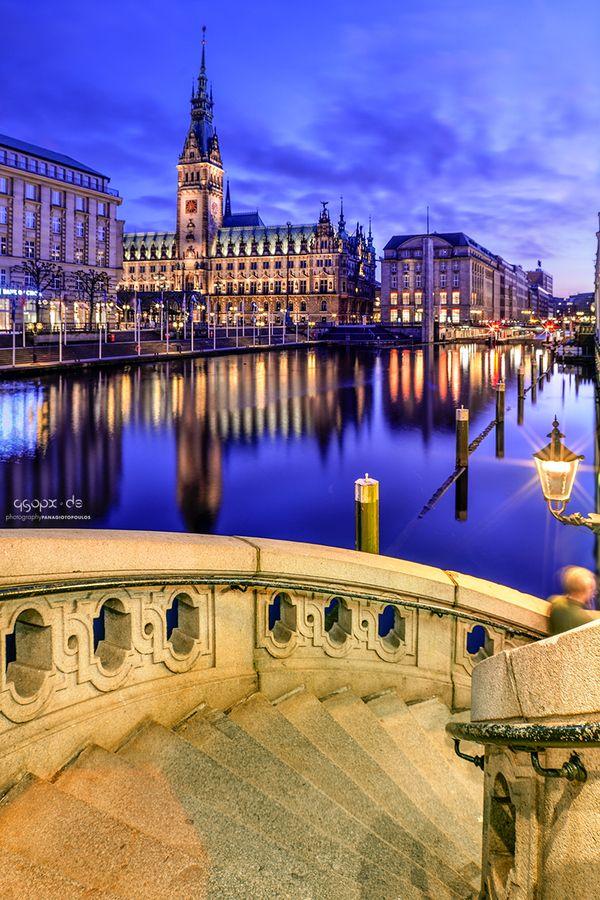 Walking around Jungfernstieg, you will see this mesmerizing view of Rathaus :)