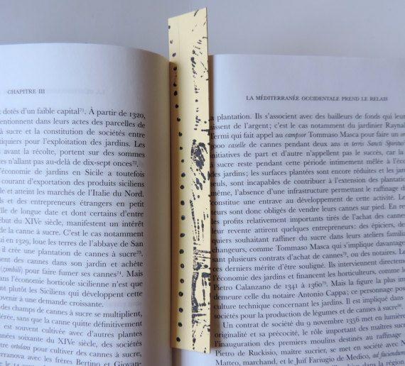 Dotted bookmarks, original handmade, linocut prints, art bookmarks, love for books, reading accessories, designed in Transylvania, Romania