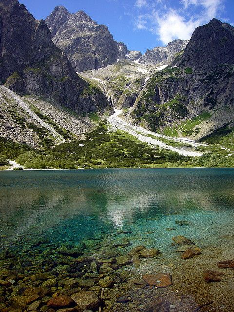 Zelené pleso alpine lake in High Tatra Mountains, Slovakia (by mangalino1980).