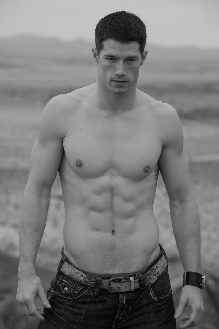 Hottest Male Models - Indiatimes.com