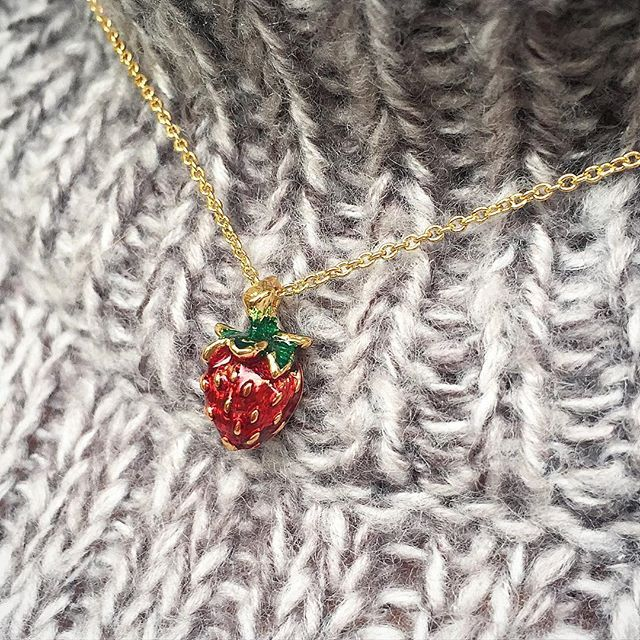 🌿🍓:: The Mini Strawberry Pendant || Was £35 - Now £15 :: 🍓🌿 . . . #BillSkinner #strawberry #strawberries #strawberryjewellery #strawberryjewelry #enameljewelry #enameljewellery #fruit #greyknit #fashion #design #streetstyle
