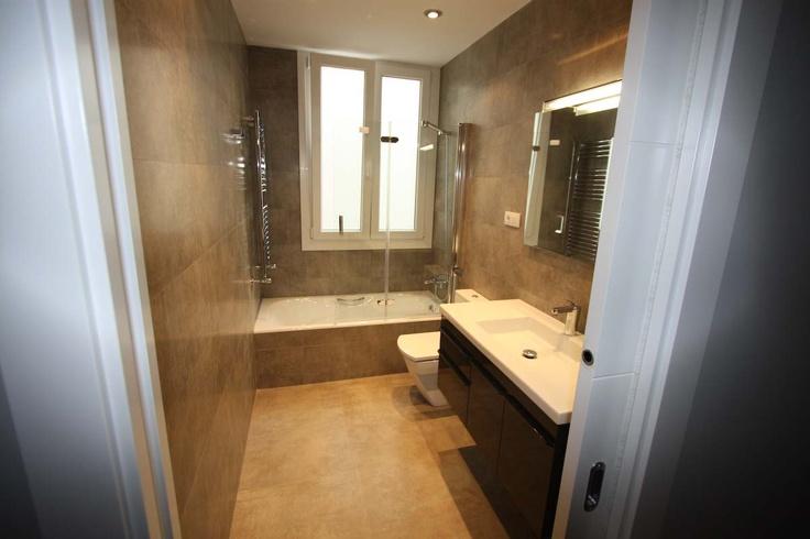 baño con puerta corredera | Puertas correderas, Correderas ...