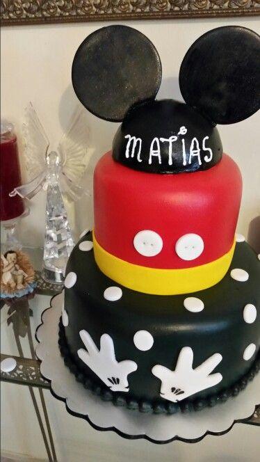Un pastel de mickey mouse para niño