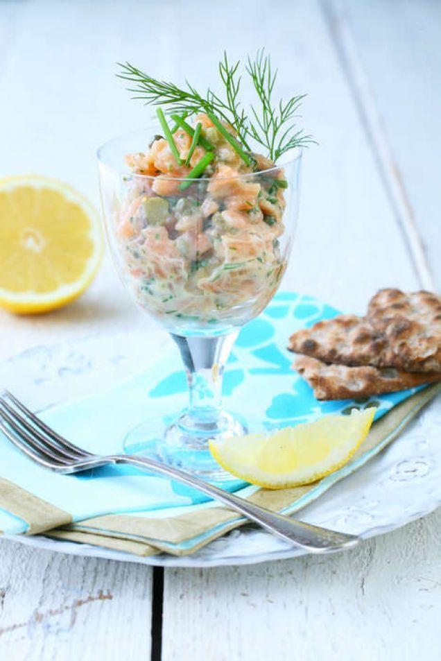 Tartar är en enkel och läcker förrätt, men den passar också bra på en buffé eller på bitar av knäckebröd som drinktilltugg.