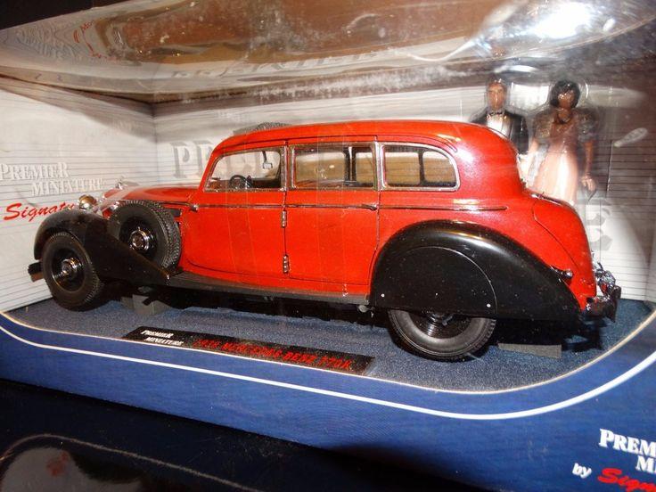 cool Signature 1938 Mercedes-Benz 770Ok w/ Bride & Groom 1:18 Scale Diecast Mannequin Automotive