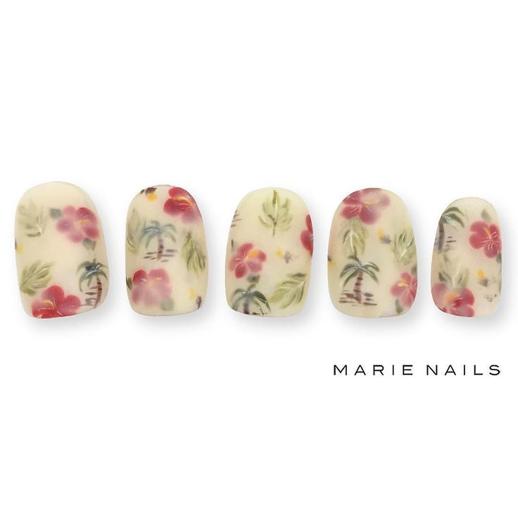 #マリーネイルズ #marienails #ネイルデザイン #かわいい #ネイル #kawaii #kyoto #ジェルネイル#trend #nail…