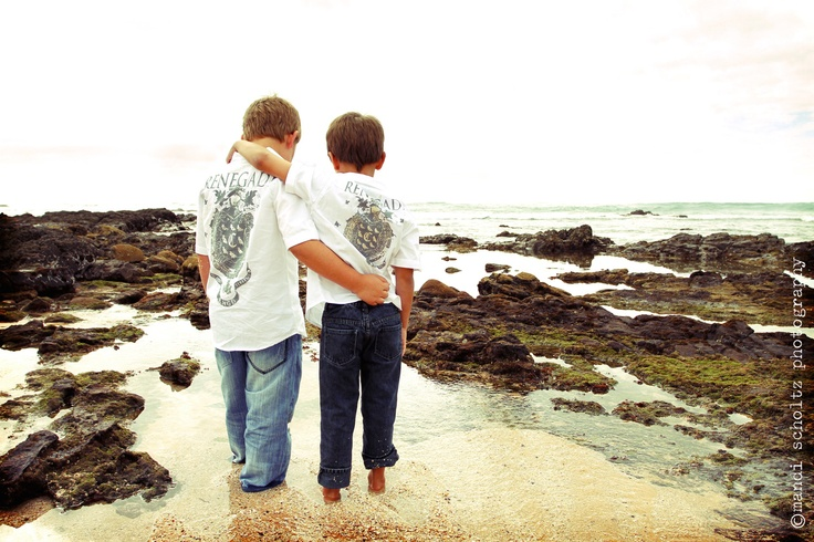 family photography by mandi scholtz photography(2 brothers)