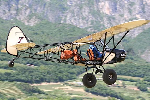 Back to basics, the Savage Bobber from Zlin Aviation