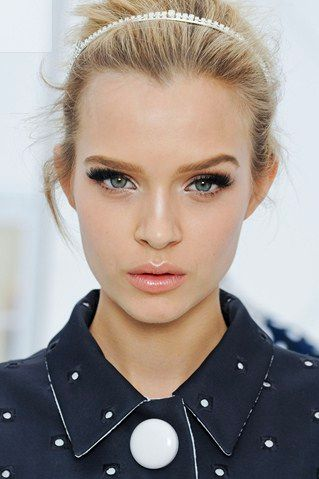 Perfect. Dewy skin, gentle blush, pretty pale pink lips, natural brows and heaps of mascara.- pretty, I like that the makeup is fairly on the natural side besides the mascara. :)