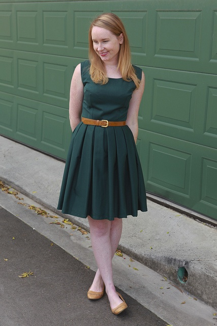 Day 8 Me Made May - Burdastyle dress pattern (2011 #101) in forest green with added pleats. {via Jennifer Lauren Vintage}