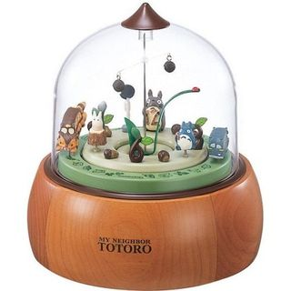 My Neighbor Totoro - Desk Clock R769 featured on Jzool.com    I love this clock so much. I can't believe it exists.