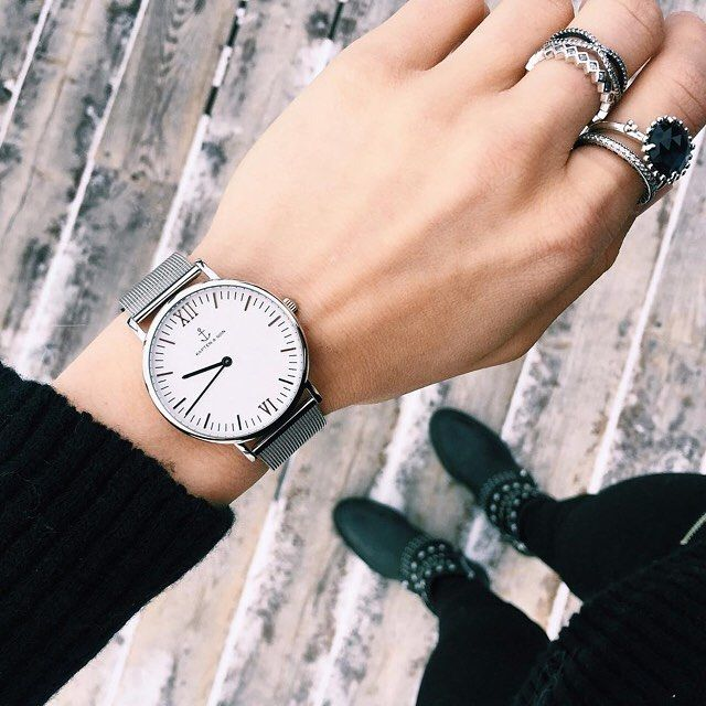 All black outfit | kapten-son.com #kaptenandson #silvermesh #campus #watch #silver #kaptenmoment