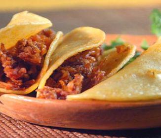 Tacos de Canasta de Chicharrón Prensado