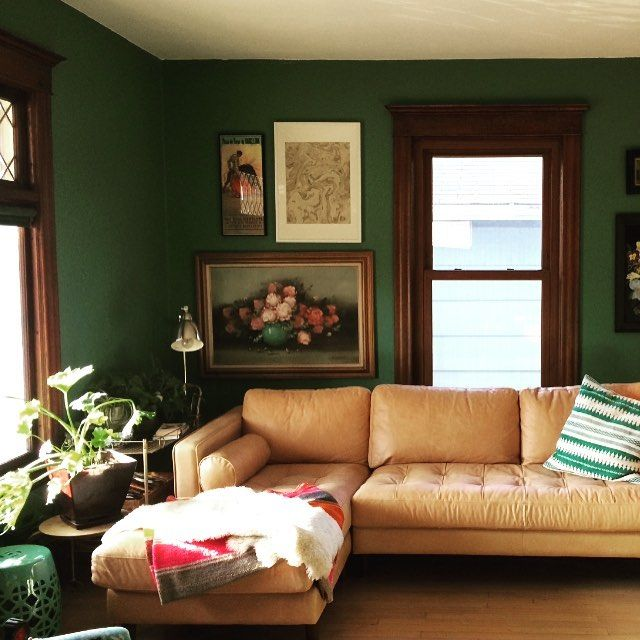 Plants, Chilean sheepskin, sun and couch = comfy #jungalowstyle #svensofa #knowmadspirit #bryght