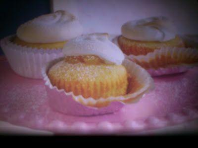 Γλυκές Τρέλες: Συνταγή για cupcakes βανίλιας!