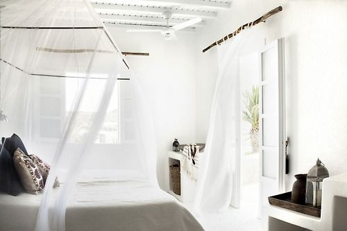 Travel Tuesday: totally airy! (via The Style Junkies)
