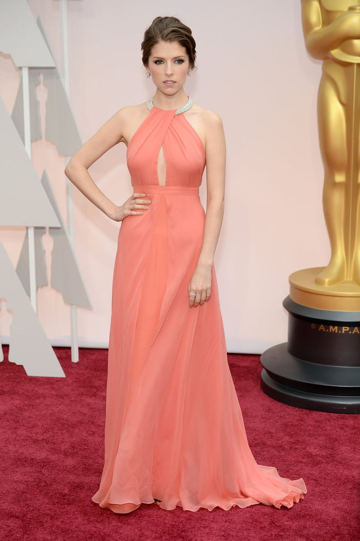 Oscars 2015: Celebrity Fashion—Live from the Red Carpet – Vogue Anna Kendrick in Thakoon #2015Oscars #redcarpet #annakendrick