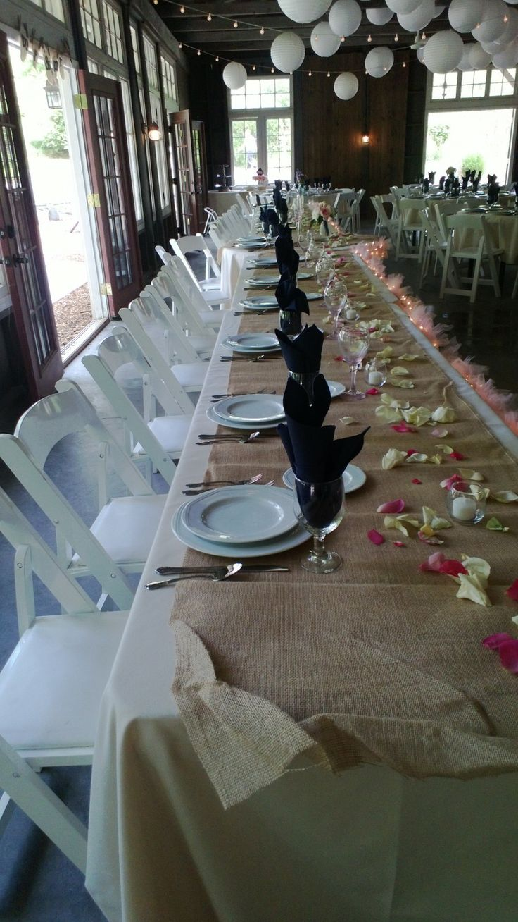 Burlap Round Table Overlays 17 Best Images About White Beige Navy On Pinterest Runners