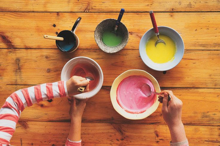 Making natural food colouring. Lunch Lady Issue Four. Lunch Lady Magazine available at http://shop.hellolunchlady.com.au/