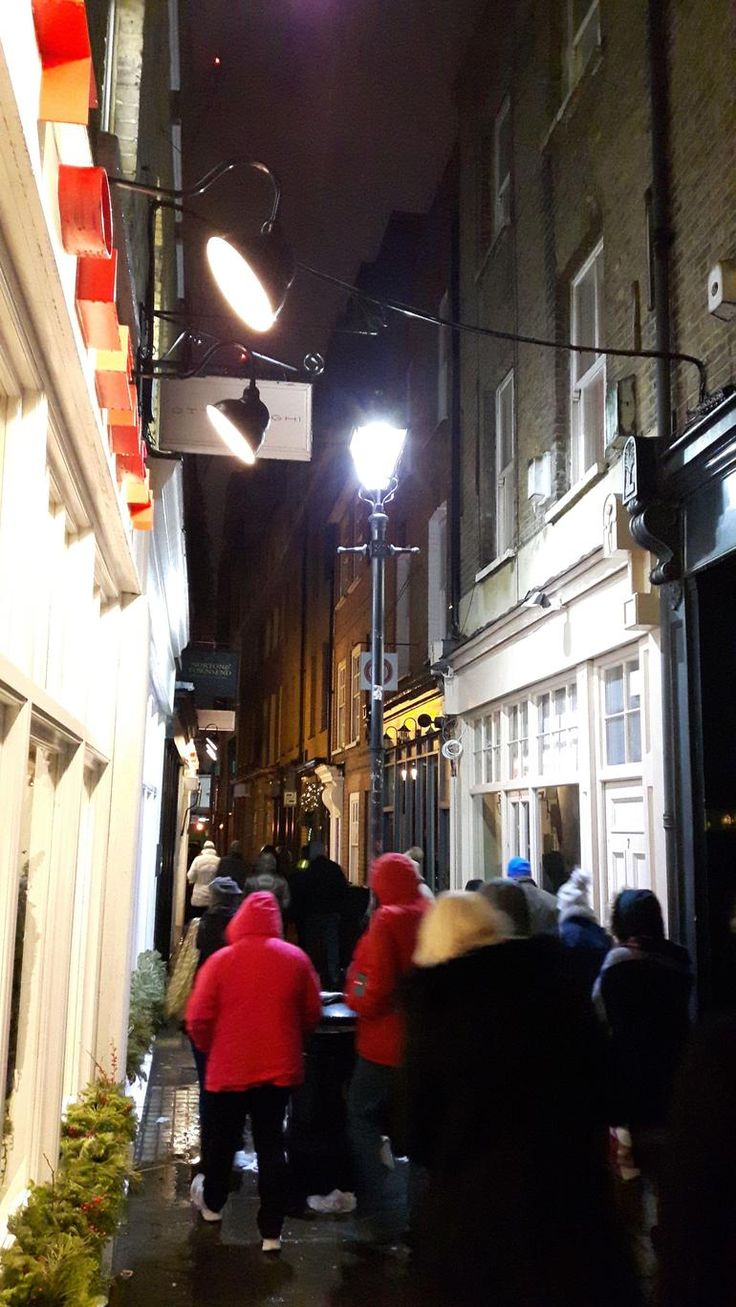 Jack the Ripper Tour and London Ghost Walk (with Photos) - London