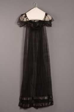 ~Silk dress 1800-10 | Centraal Museum Utrecht~