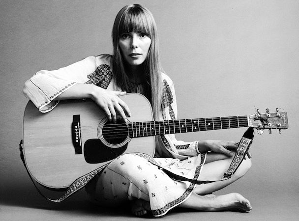 The Unique Guitar Blog: Joni Mitchell's Guitars And