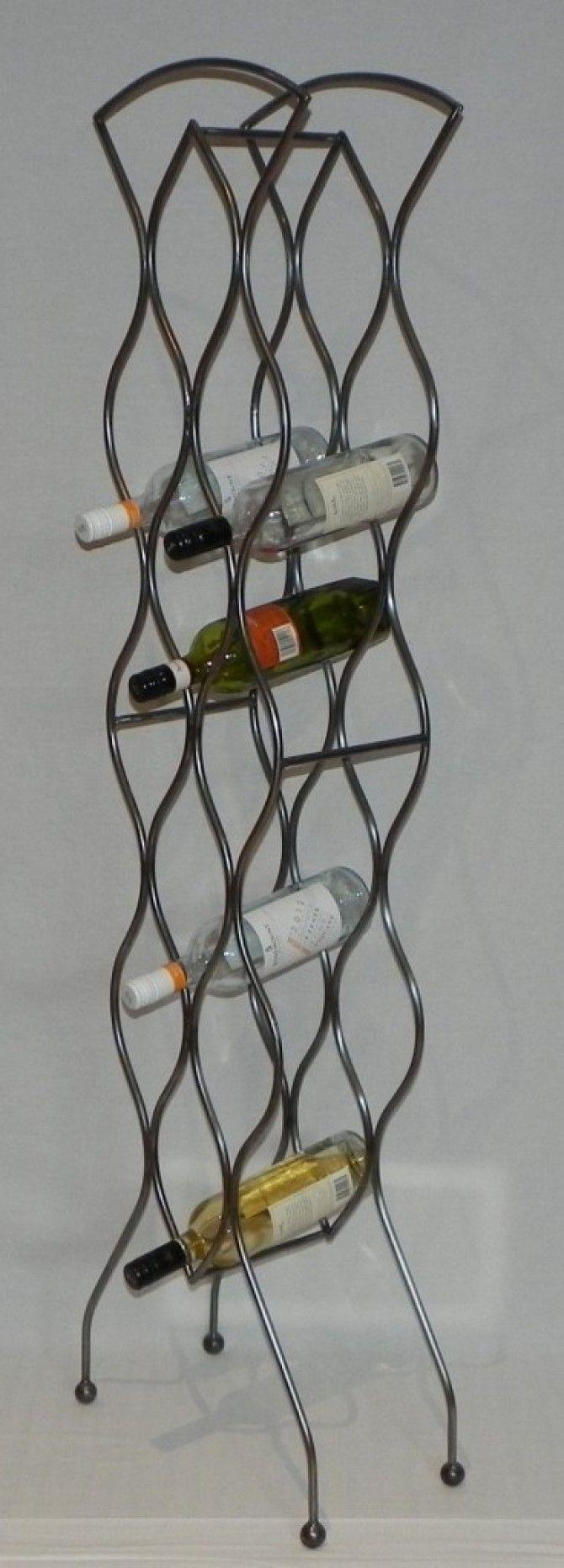 die besten 25 metall weinregale ideen auf pinterest. Black Bedroom Furniture Sets. Home Design Ideas