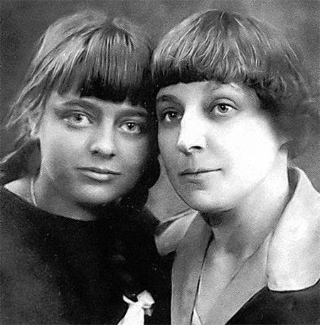 Марина Цветаева с дочерью Ариадной Эфрон