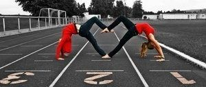 take a picture like this with my bestfriend! Better get flexible best friend because here i come