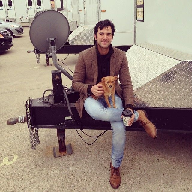 20 Times Fuller House's Juan Pablo Di Pace's Instagram Was Too Hot to Handle Pictured: a dog.