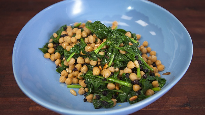 English Spinach, Chickpea & Currants. I added Kale and opted for Cranberries too
