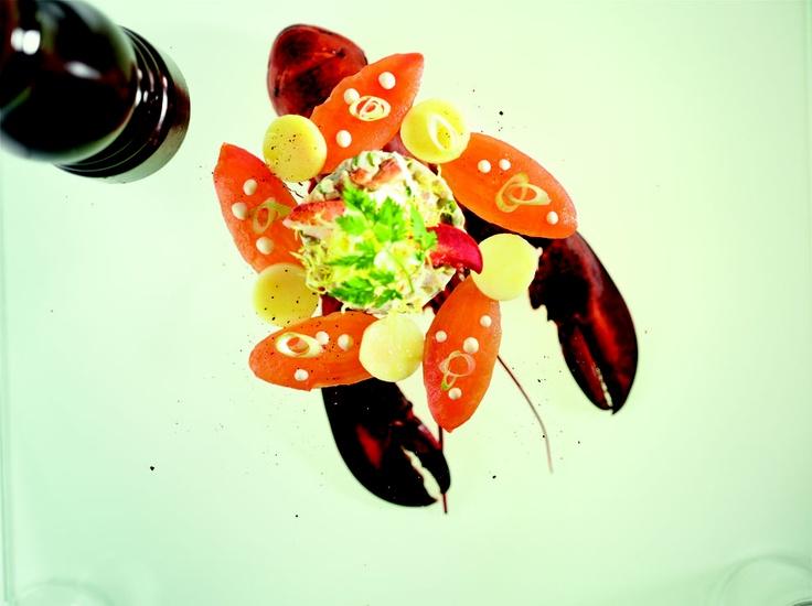 012 Salade van kreeft. Benieuwd naar het recept? Neem een kijkje op http://www.maisonvandenboer.com/link.aspx?lid=1f2538af-9a97-4b05-b437-fe7a1a6b0571 #maisonvandenboer #105culinair