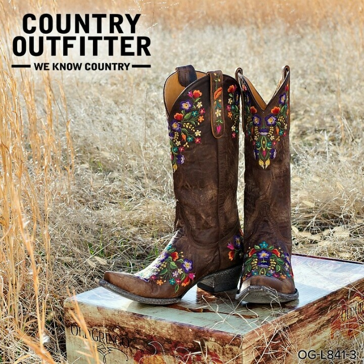 Country Outfitter boots-Old Gringo  yup need these too!