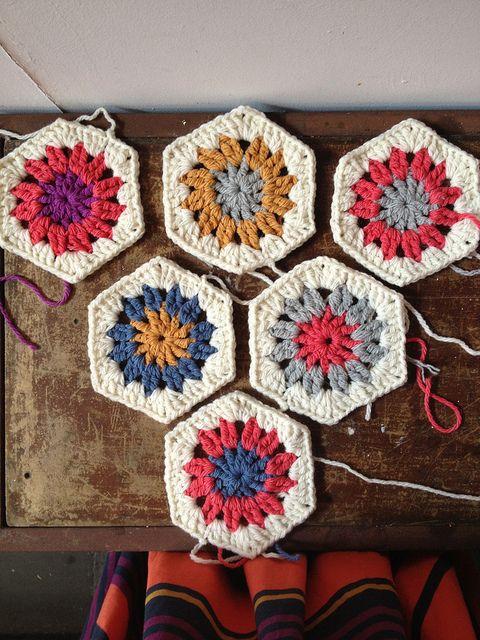 How To Crochet A Hexagon In Ten Minutes - Tutorial ❥ 4U // hf