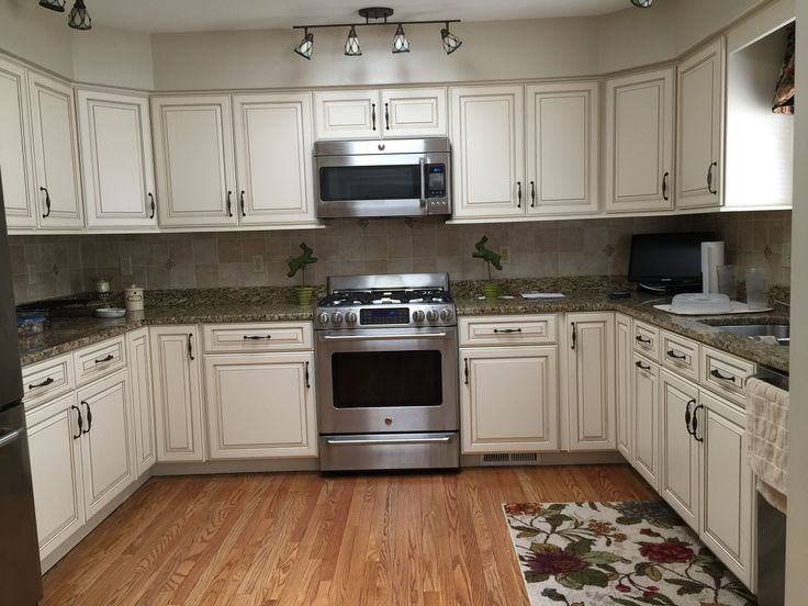 White Dove With Caramel Glaze Kitchen Cabinet Cabinet