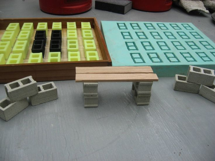 Tutorial for how to make miniature cement blocks - perfect for the dollhouse shed
