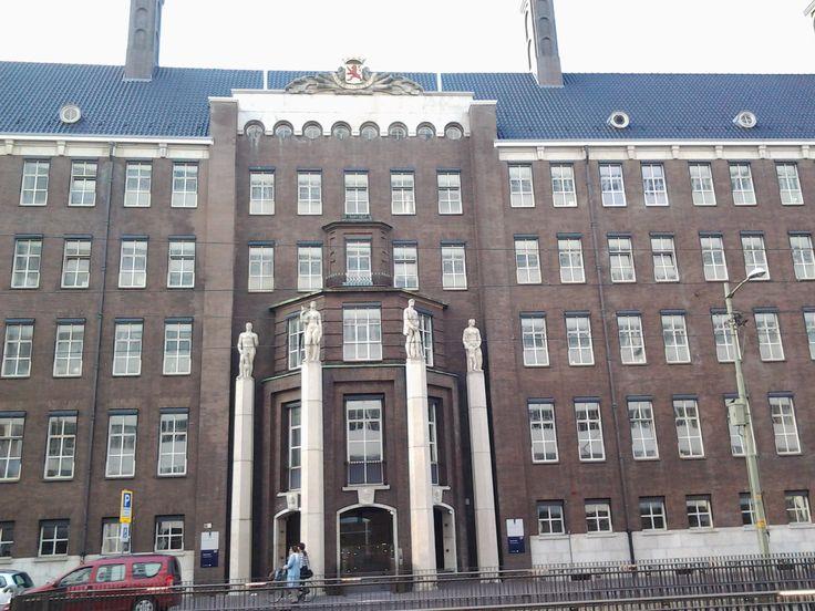 Ministry of Defence, Kalvermarkt 32 The Hague, Netherlands. september 4th, 2013