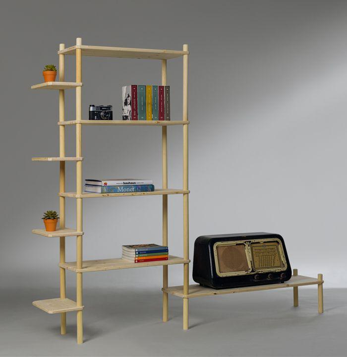Wooden Library for your living room. Built it by yourself. Komposizione Soggiorno - Kompo. Scaffale libreria in legno naturale componibile a mano senza attrezzi. Struttura modulare e robusta con angoli arrotondati.