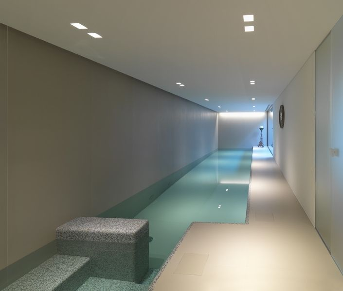 10 images about laminam interiors on pinterest ceramics for Migliori progetti di pool house