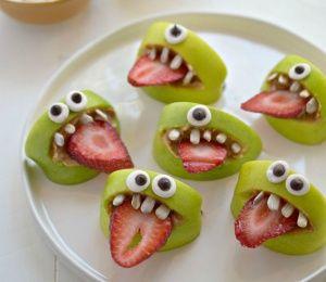 ㋡☜♥☞㋡  Silly Apple Bites | Finding Vegan