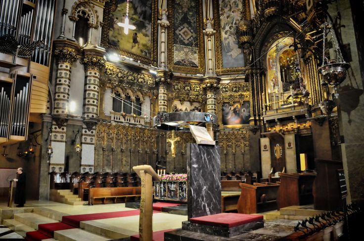 interior basilica