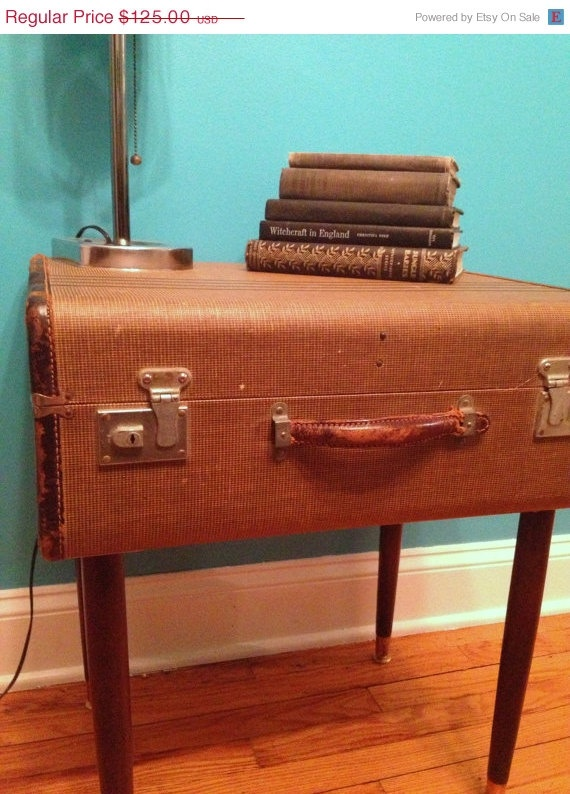 71 best SUITCASES REPURPOSED images on Pinterest | Vintage ...