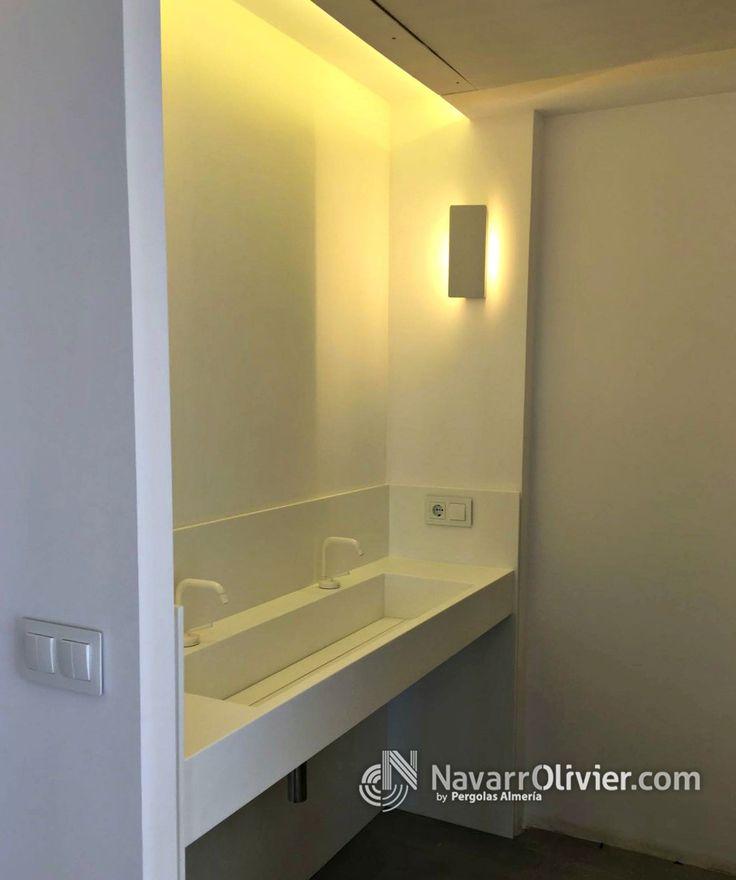 Lavabo de krion de 1,50m de una poza y 2 grifos. www.navarrolivier.com  #lavabo #krion #aseo #composite #naño #decoracion #navarrolivier