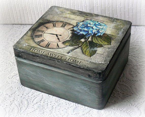 Caja de madera de estilo vintage, caja de recuerdo, caja decoupage, caja de la tesorería, hogar dulce hogar, Hortensia, reloj vintage,