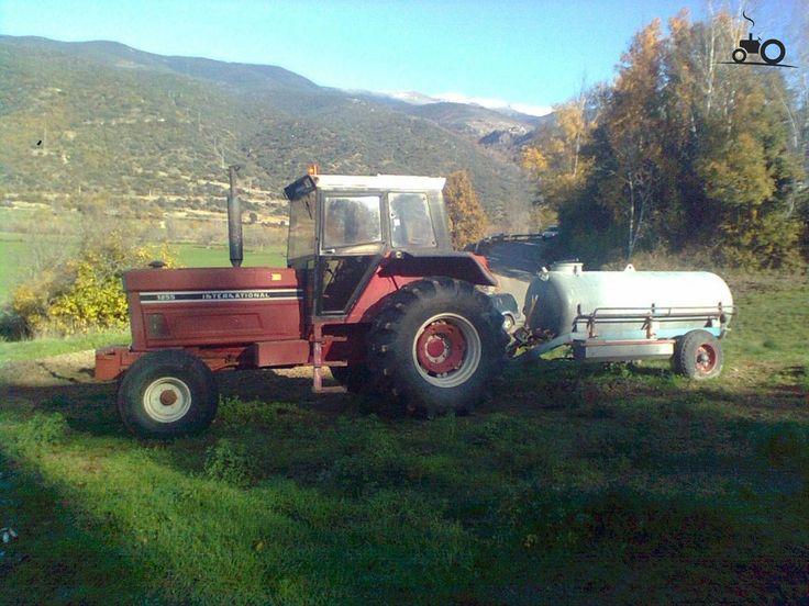 IH 1255 International Tractor | Foto International 1255 #580860