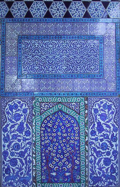 Blue tilework, Topkapı Palace, Istanbul by birdfarm, via Flickr
