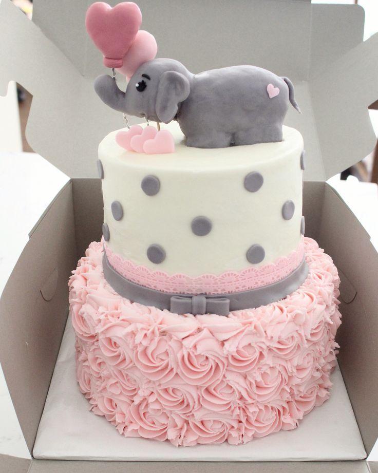 Bonita torta para celebración de Baby shower. #babyshower #tarta #pastel