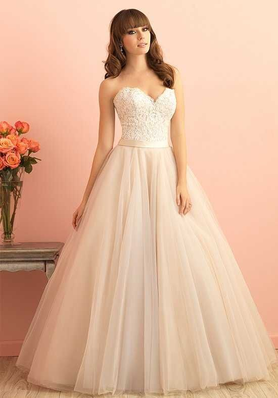 2901 best gowns and formalwear images on pinterest for Wedding dresses in iowa