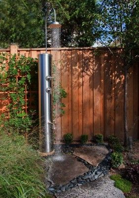 Awesome Outdoor Bathrooms-04-1 Kindesign