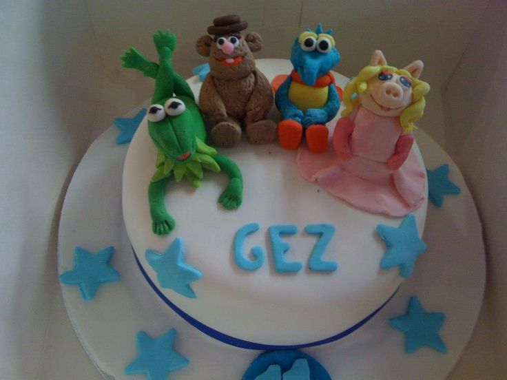 The Muppets theme cake